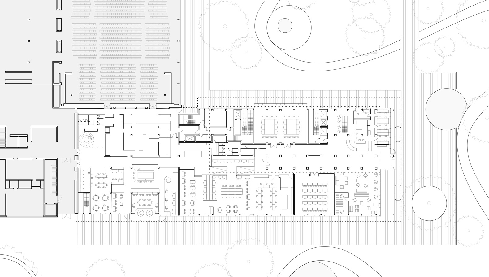 Grundriss Erdgeschoss: Das Hotel hat eine direkte Anbindung an die Stadthalle von 1957.