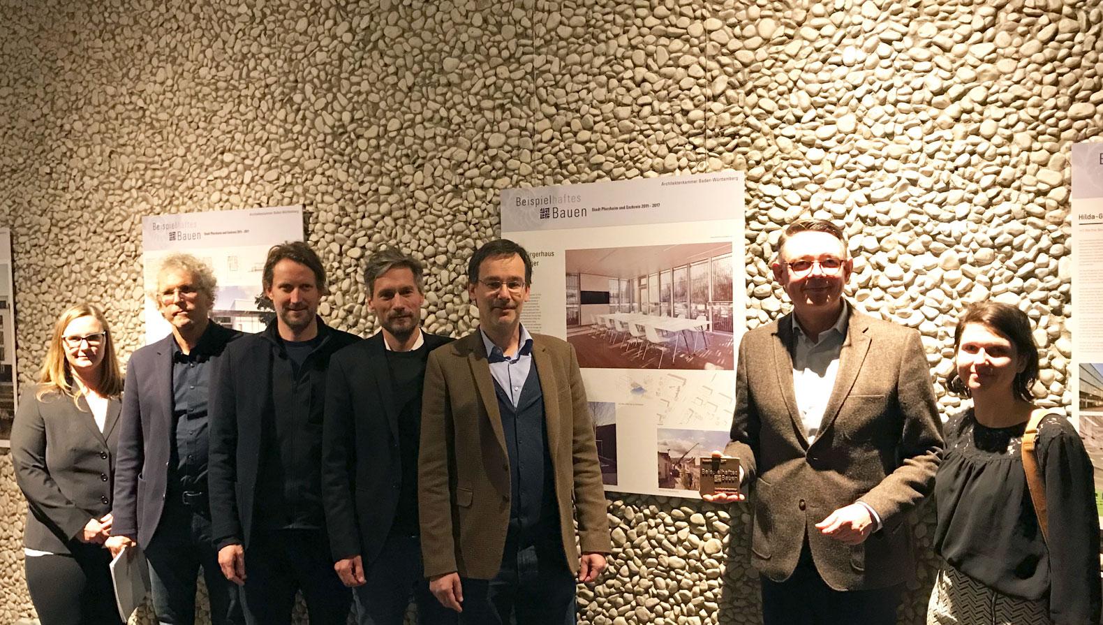 M19: Jasmin Busch und Volker Boden (LA), Hans Aescht, Cem Arat ('asp') Fabian Berthold, Carsten von Zepelin (Arlinger Baugenossenschaft eG), Sabrina Bauer ('asp')