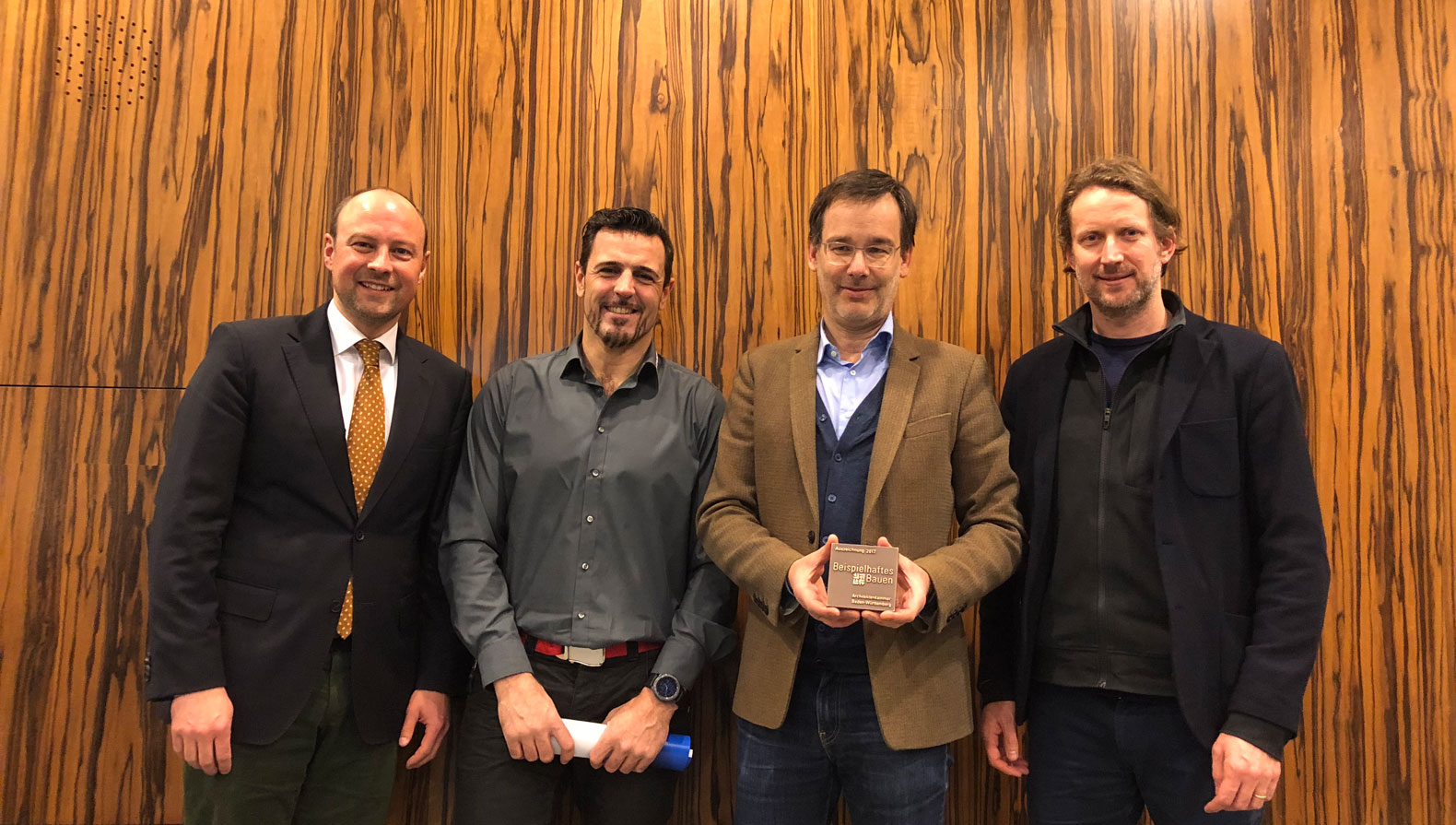 Gasometer: Johannes Schweizer (Bauherr Parkhotel Pforzheim), Mike Vivas (Bauleitung), Fabian Berthold und Hans Aescht – v.l.n.r.
